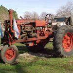 Tractor Deering Farmall